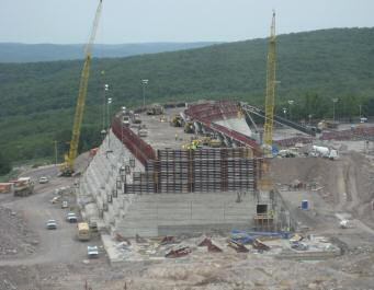 The new upper reservoir dam at the Taum Sauk hydroelectric power station, Missouri, used OPP concrete form panels